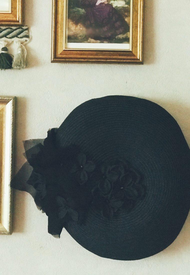 壁飾り帽子